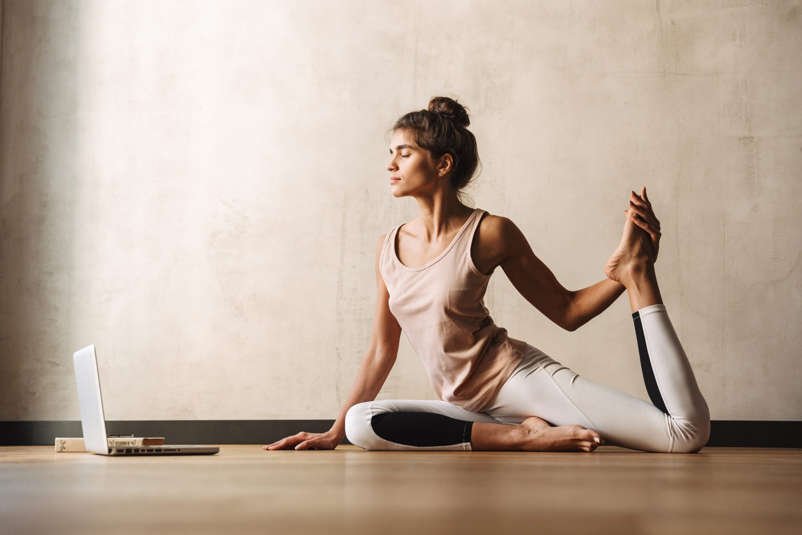 Yoga for Beginners: 7 Tips for Starting Yoga for the First Time
